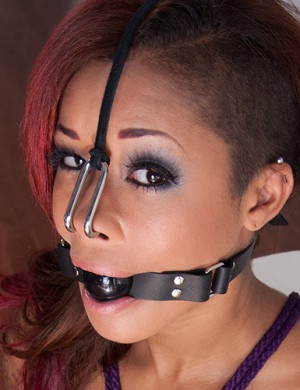 Rubber Ball Gag - Skin Diamond