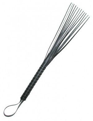 Rubber Flogger with Tapered Blades