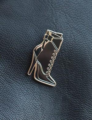 Patent Kiss Enamel Pin