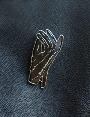Giallo Enamel Pin
