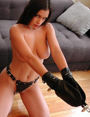 Bondage Mittens, Black Leather