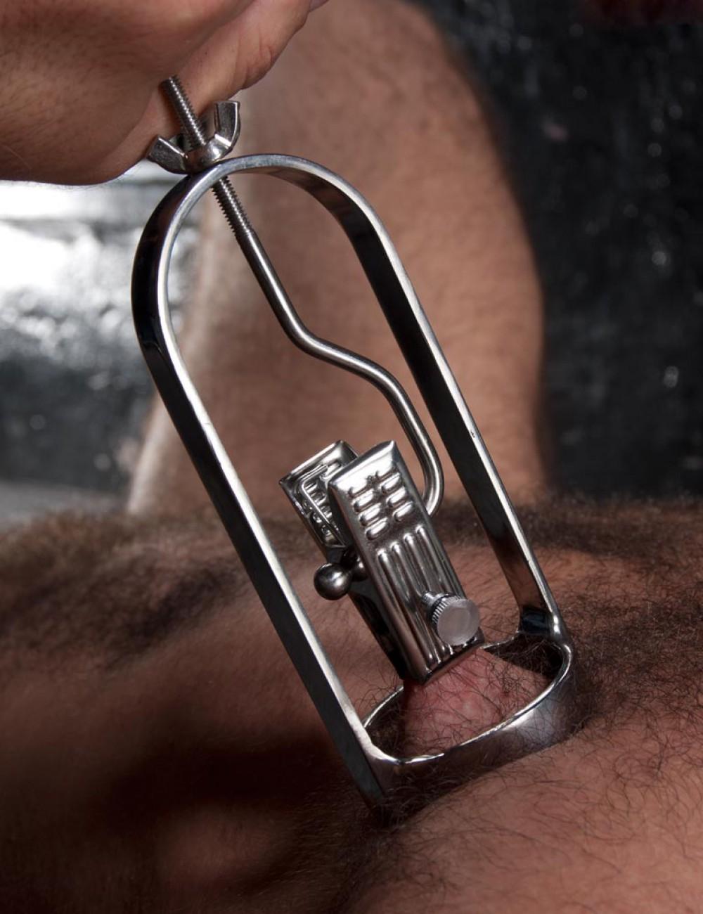 Tit Tuggers