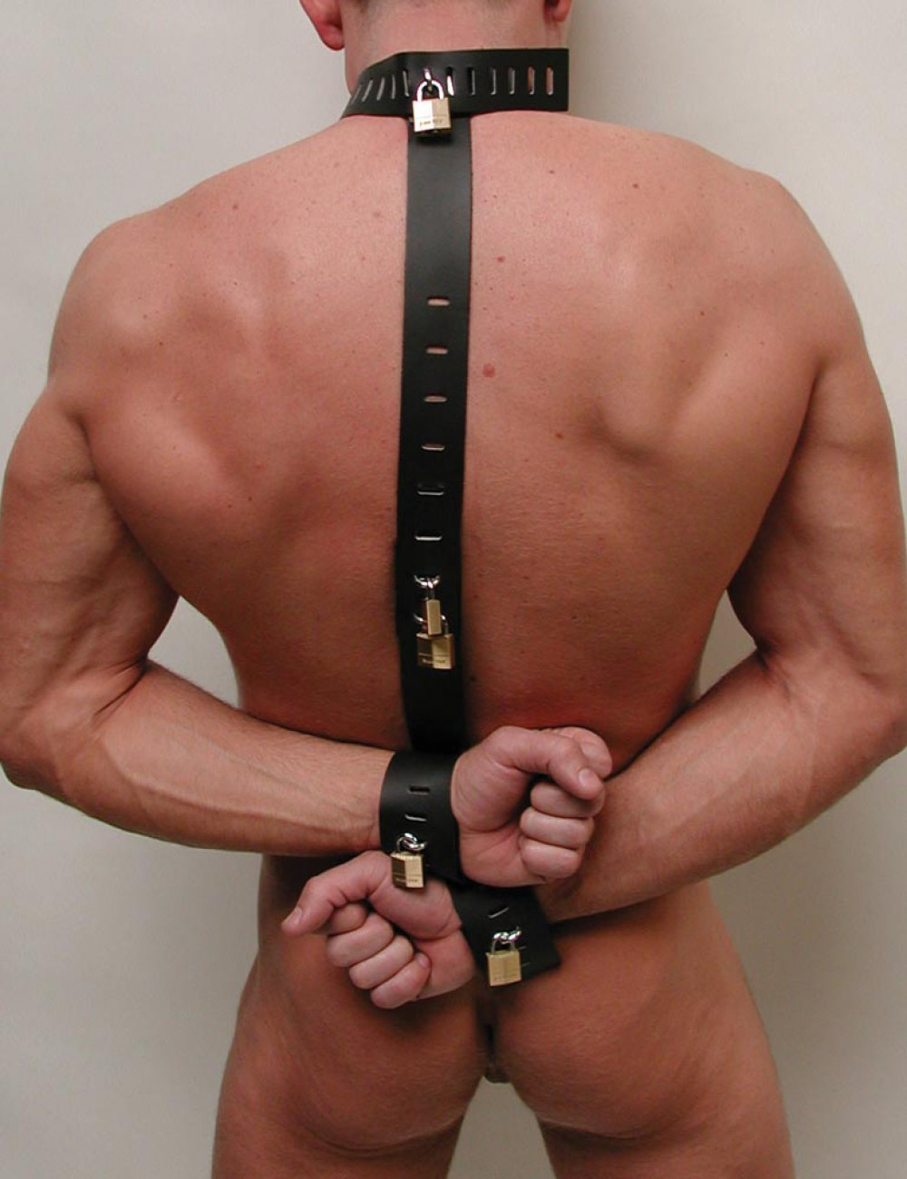 Locking Leather Neck-Wrist