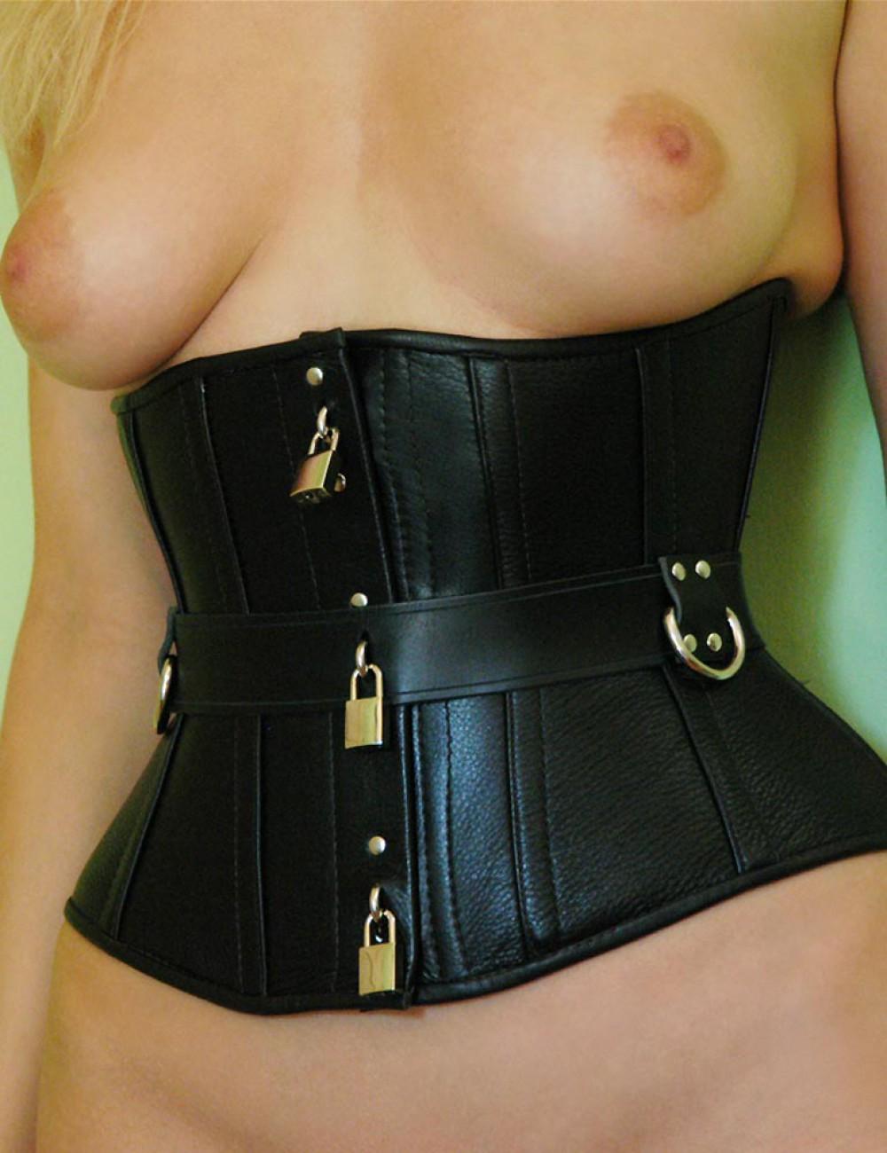 Locking Clasp Corset