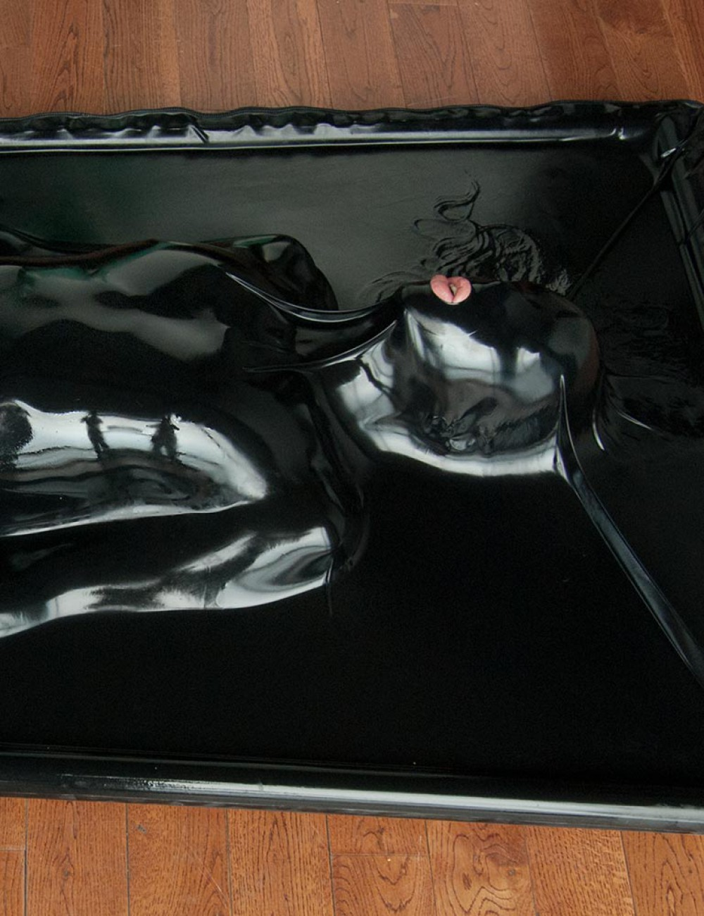 Latex Vac-Bed