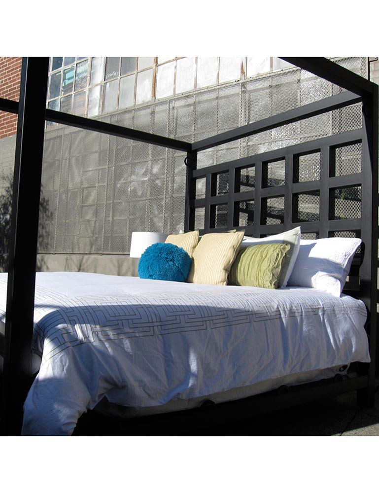 The Dore Alley Bed