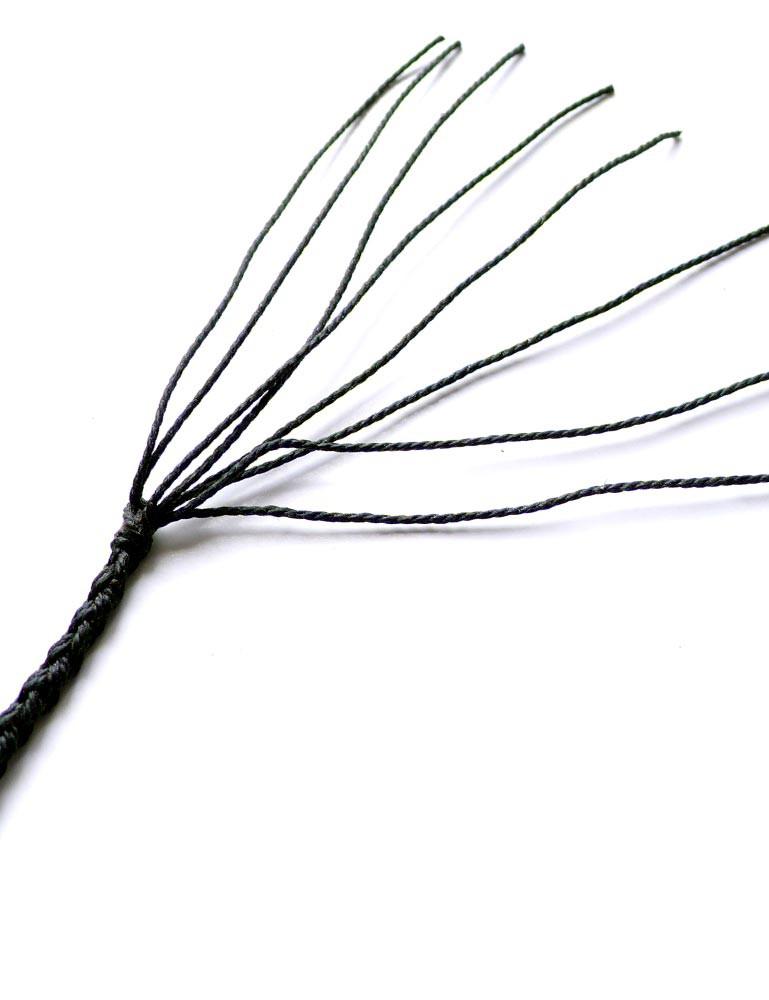 Victor Tella's Signal Whip 3' 12 plait