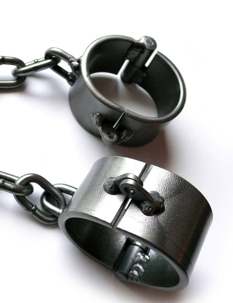 """Oval Wrist Shackles, Clear Coated Steel 2"""""""