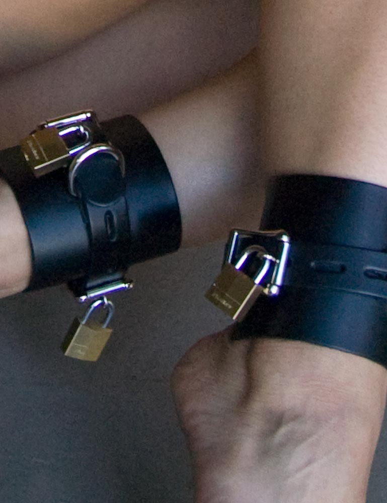 Deluxe Buckling Ankle Cuffs