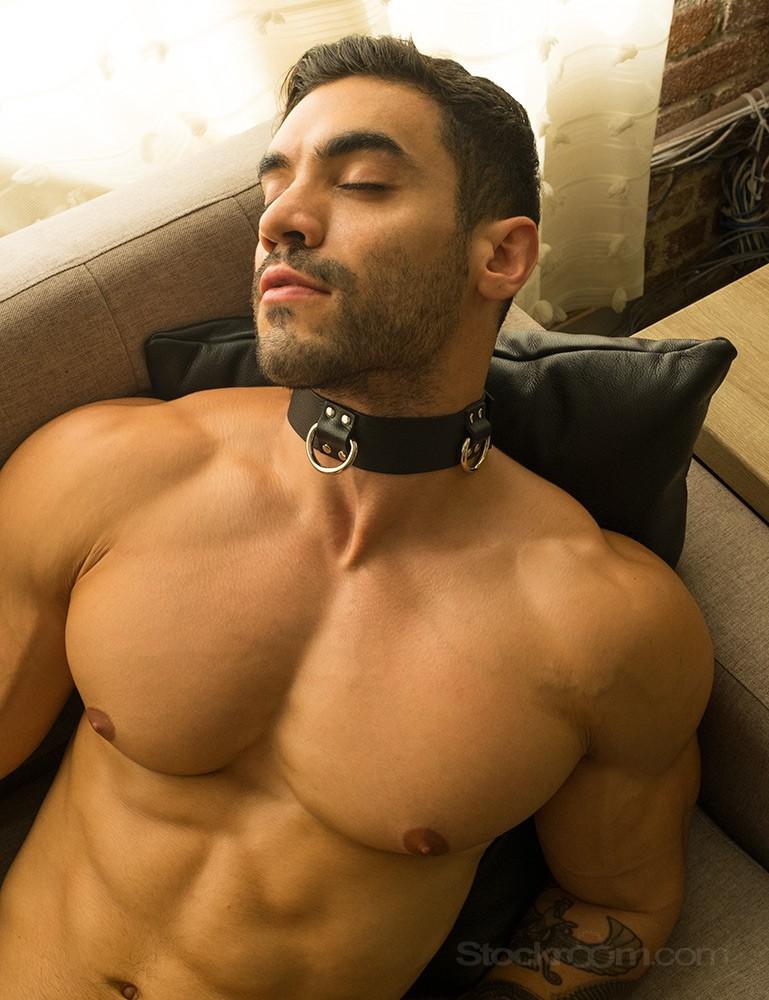 Locking 3 D-ring Leather Bondage Collar