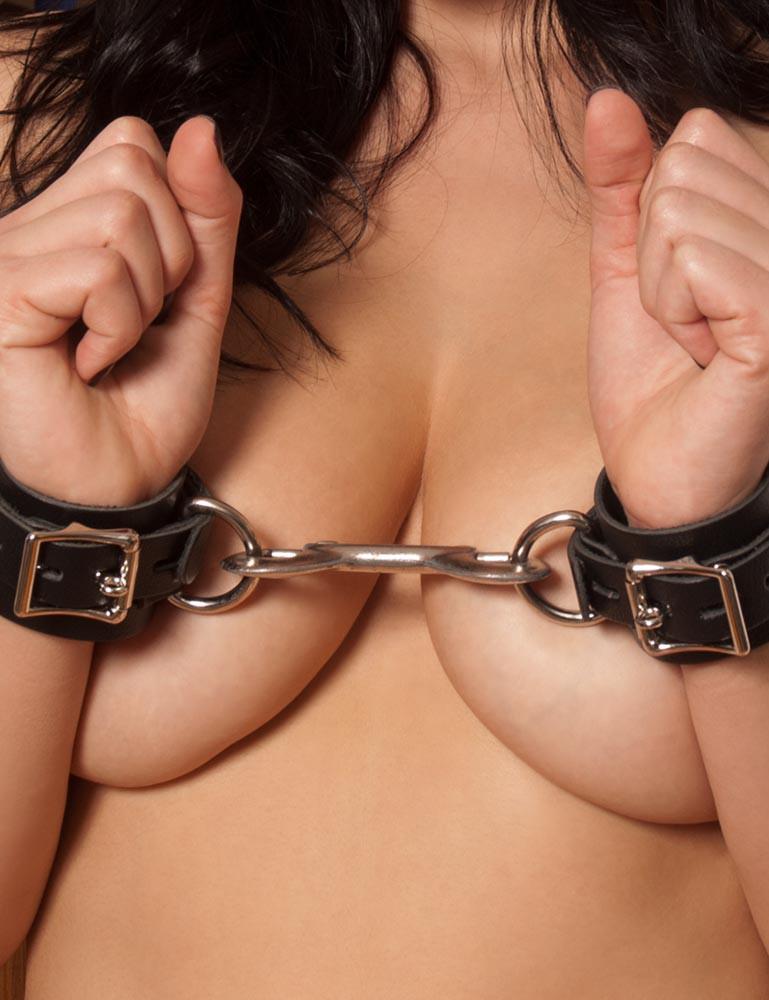 Locking Buckling Leather Bondage Wrist Cuffs, Black