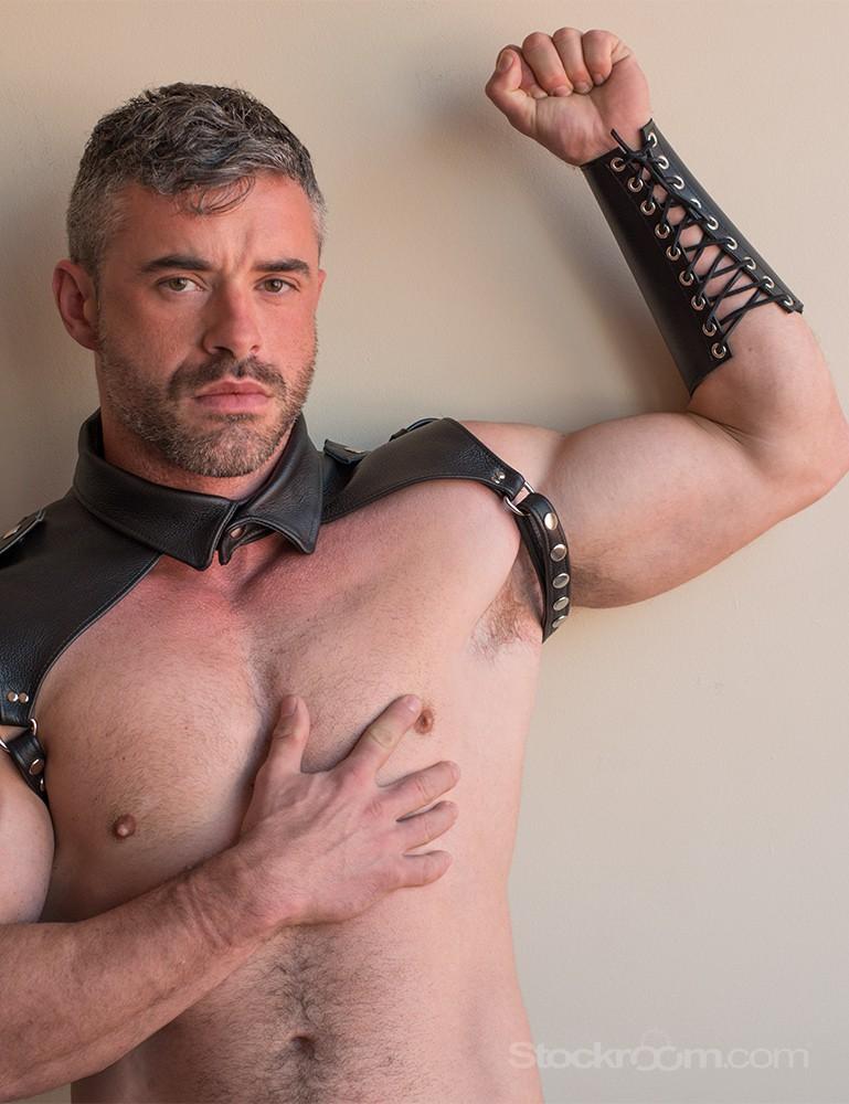 Lace-Up Leather Gauntlet - James Cerne