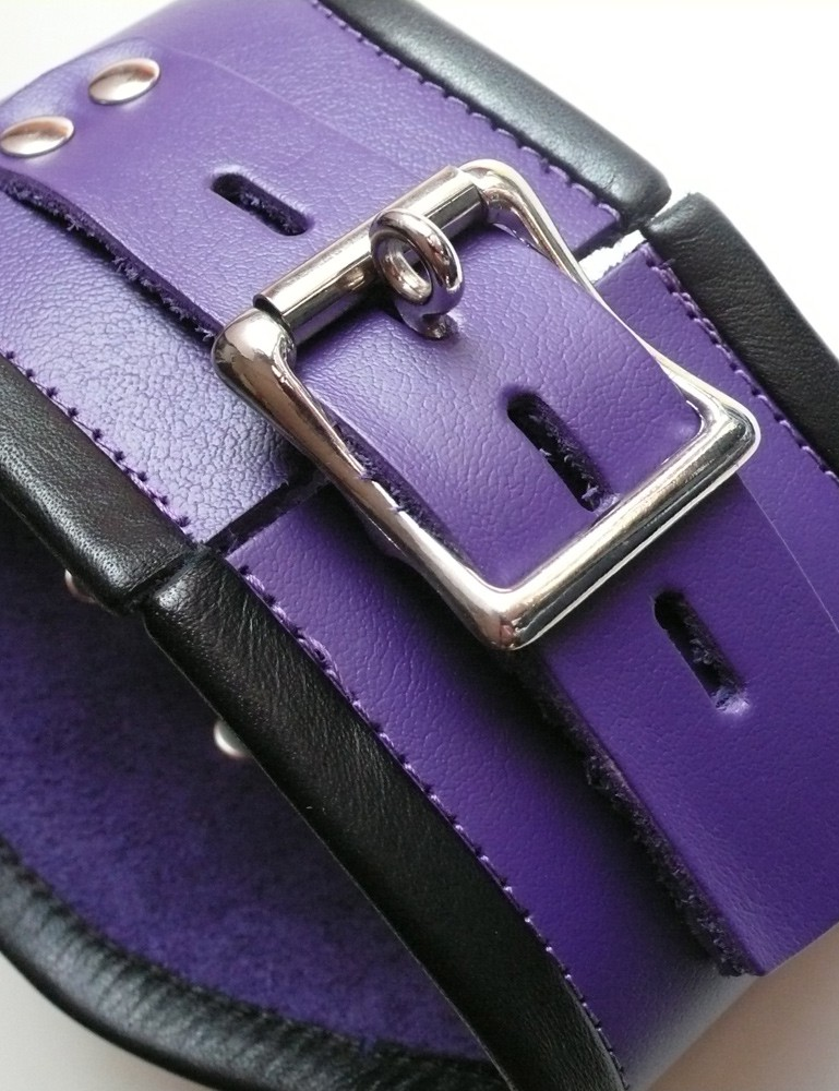 Tall Locking Curved Posture Collar in Purple Leather