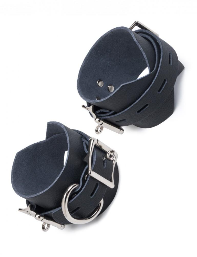 Vondage Vegan Leather Locking/Buckling Ankle Cuffs