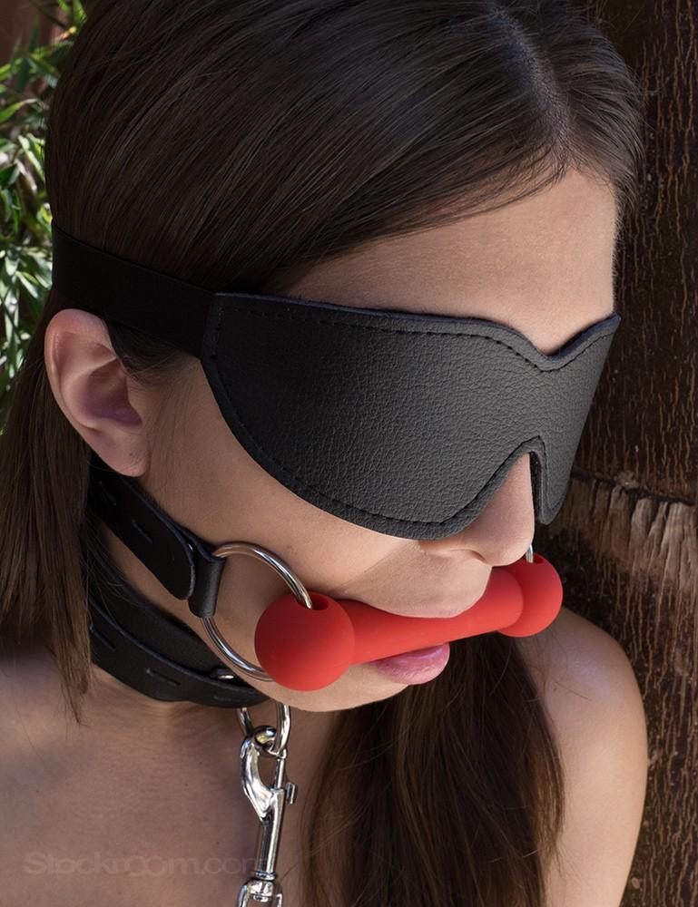 Vondage Vegan Leather Silicone Bit Gag