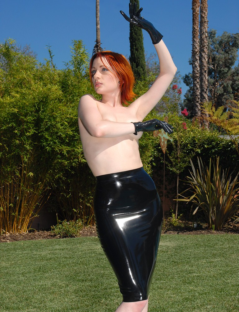 Syren Latex Pencil Skirt- Ulorin Vex